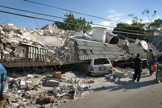 Haiti-Earthquake-2010-photo-Red-Cross-Chicago