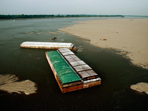 Drought USA barges