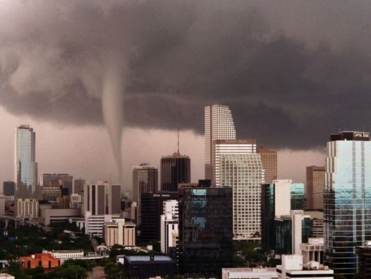 Tornado in City